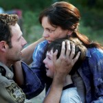 Andrew-Lincoln-Sarah-Wayne-Callies-Chandler-Riggs-amc-the-walking-dead-s01e03