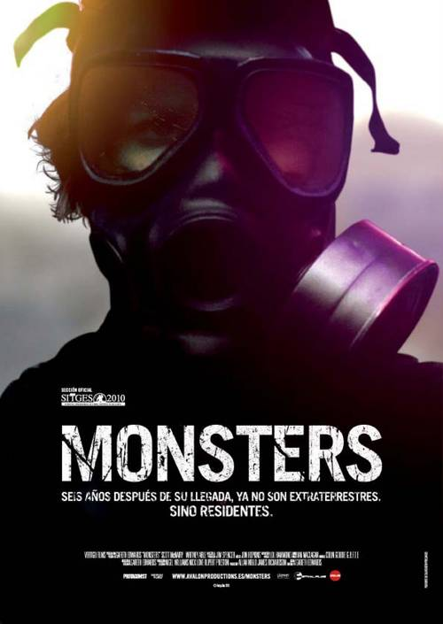 Poster oficial español de Monsters